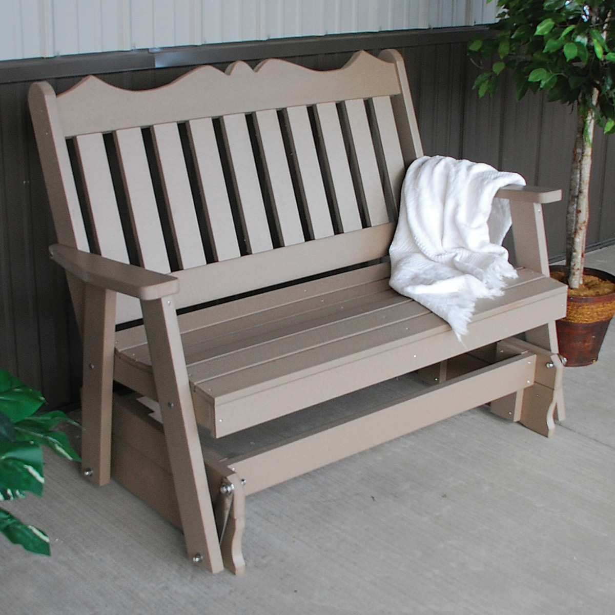 Amish outdoor glider bench lloyd flanders 001 922 lounge crofton collection rocke outdoor - Luxcraft fine outdoor furniture ...